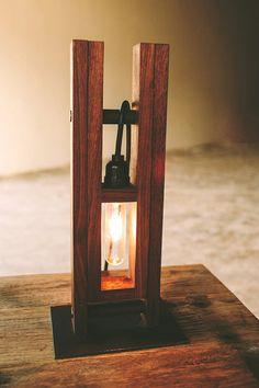 Lampe de bureau de Pluvier lampe de table par petrifieddesign
