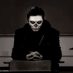 tate langdon american horror story Evan Peters hot AHS creepy perfect horror black Grunge tate violet Evan killer psycho Psychosis best show homicidal kit walker freakshow Kyle Spencer Jimmy Darling