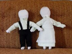 Simple Amish Dolls