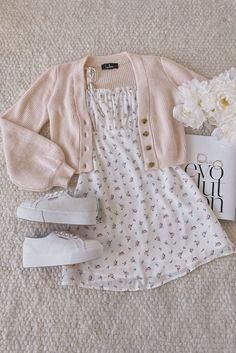Girls Fashion Clothes, Teen Fashion Outfits, Girly Outfits, Cute Casual Outfits, Cute Fashion, Pretty Outfits, Stylish Outfits, Girl Fashion, Summer Outfits