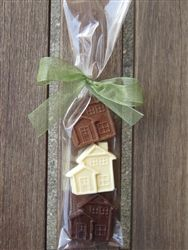Cute for an open house! Real Estate Articles, Real Estate Tips, Security Tips, Security Alarm, Chocolate House, Real Estate Staging, Realtor Gifts, Housewarming Party, Real Estate Marketing
