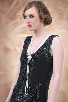 Unique Vintage - 20s Long Pearl Necklace in Ivory