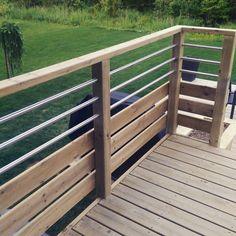 Rampe balcon bois traité, des idées ?
