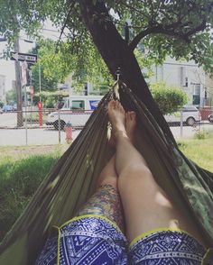 Enjoying the amazing summer weather lounging in my hammock before I get to work making more bags and jewelry! #lexistreefort #hammocktime #hammocklife #enohammock #campinghammock #somervillema #summerdays by @lexistreefort