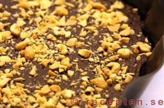 Kladdkaka LCHF - Recept på Kladdkaka LCHF, utan socker och vetemjöl. Supergod och enkel att göra. Riktigt lyxigt och gott med choklad, smör, ägg...