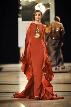 94450fd6c7f Stéphane Rolland - Haute Couture Spring Summer 2011 - Shows - Vogue.it  Couture Fashion