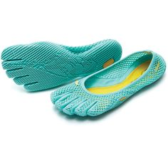 Vibram FiveFingers Mint Vi-B Slip-On Shoes (615 ARS) ❤ liked on Polyvore featuring shoes, plus size, vibram fivefingers footwear, vibram fivefingers shoes, pull on shoes, antimicrobial shoes and traction shoes