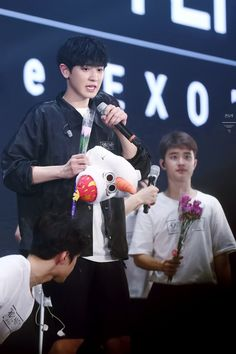 can i have those flowers kyungsoo?