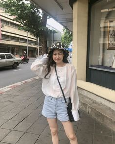 Ulzzang Couple, Ulzzang Girl, Pop Fashion, Unique Fashion, Cute Instagram Pictures, Aesthetic People, Best Face Products, Girl Crushes, Korean Girl