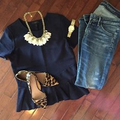 I love to wear my leopard shoes but still have a classic style - Outfits - Summer Outfits, Casual Outfits, Fashion Outfits, Womens Fashion, Navy Outfits, Dress Fashion, Looks Jeans, Looks Plus Size, Elegantes Outfit