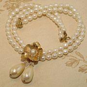 Vintage Double Strand Faux Pearl Necklace w/Gold Tone Flower Centerpiece