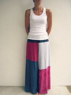 Pin for Later: 11 Ways to Reuse Old T-Shirts Skirt Use several old t-shirts and patch them up into a cool skirt. You can even make comfy wide-leg pants.