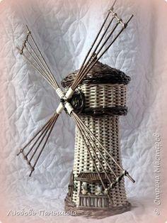 Поделка изделие Плетение Мельница мини-бар и шкатулки-бочонки Бумага Трубочки бумажные фото 7