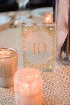 Lucite table numbers Photo by Sweet Monday Photography