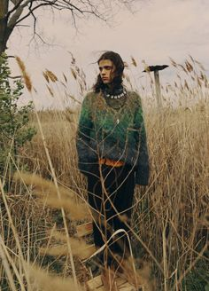 Missoni's wool, mohair, nylon and alpaca sweater and Maiden Noir's cotton pants. All Fashion, New York Fashion, Timeless Fashion, Fashion Photo, Fashion News, Fashion Trends, Mens Fashion, Erin Mommsen, Human Poses