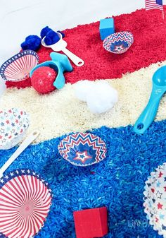 Get ready for the of July with this beautiful red, white and blue patriotic sensory bin! You could even include this as a fun activity for the toddlers and preschoolers during the festivities on the Sensory Bins, Sensory Activities, Activities For Kids, Sensory Table, Sensory Play, Blue Crafts, Diy Crafts, Holiday Crafts For Kids, Holiday Decor