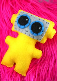 Little Robot  Ecofriendly Felt Plush Robot by Needlings on Etsy, $12.00