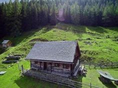 Bröcklalm Naturpark Sölktäler | Almhütte für 2 - 8 Personen mieten Diy Sauna, Zell Am See, Lodges, Environment, Cabin, Nice, House Styles, Places, Buildings