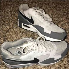 NEWNIKE AIRMAX ST - MENS READREADREAD MAKE AN OFFER ♦️BRANDNEW ♦️WITH BOX NO LID  ❌❌❌TRADE/SWAP ❌❌❌LOW BALLING! ✅✅✅ALL QUESTIONS AND REASONABLE OFFERS ARE WELCOME  Thank you! Happy shopping! Nike Shoes Athletic Shoes
