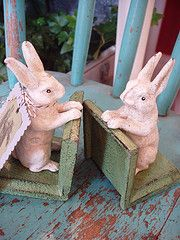 rabbit bookends    adorable little cast-iron book  ends