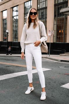 Fashion Blogger Style, Look Fashion, Autumn Fashion, Party Fashion, Fashion Outfits, White Outfits, Jean Outfits, Fall Outfits, Outfit Winter