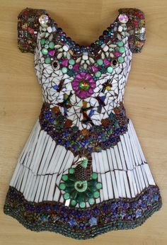 My (Melody Haskins) glass mosaic dress - started and finished in a 5 day Master Class with the wonderful teacher Susan Wechsler from Colorado. This is my first ever mosaic!