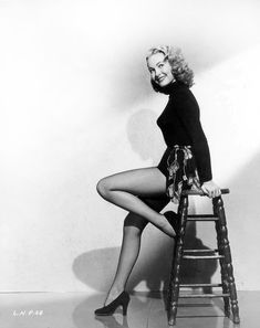 Classic Sci-Fi Film Ladies: Day the World Ended: Lori Nelson plays Louise… Classic Sci Fi, Classic Beauty, Yvette Mimieux, Gloria Dehaven, Sci Fi Films, Fishnet Stockings, Female Images, Vintage Hollywood, Beautiful Actresses