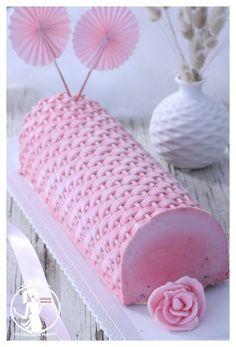 Swiss Roll Cakes, Swiss Cake, Fancy Cakes, Cute Cakes, Cake Cookies, Cupcake Cakes, Cremeux Caramel, Log Cake, Cake Tutorial