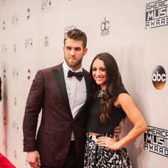 Bryce Harper's hairstyle has stirred a sense of admiration among millions of baseball fans across the world and won him the hearts of many in Celebrity Haircuts, Stylish Haircuts, Cool Haircuts, Slick Hairstyles, Undercut Hairstyles, Unique Hairstyles, Bryce Harper Haircut, Low Skin Fade Haircut, Long Slicked Back Hair