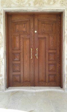 Wooden Double Doors, Wooden Front Door Design, Double Front Entry Doors, Main Entrance Door Design, Entrance Doors, Exterior Front Doors, Wooden Glass Door, Pooja Room Door Design