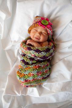 Crochet baby cocoon/hat