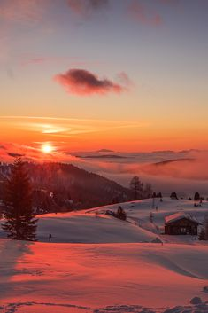 Amazing landscape photography of red and orange late sunset in the snowy mountains with trees and chalets and small clouds Beautiful Sunset, Beautiful World, Beautiful Places, Nature Aesthetic, Travel Aesthetic, Sunset Photography, Best Landscape Photography, Mountain Photography, Winter Photography