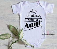 Cute Onesies, Custom Baby Onesies, Custom Shirts, Nephew And Aunt, Aunt To Be, Auntie Baby Clothes, Aunt Onesie, Funny Babies, Cricut