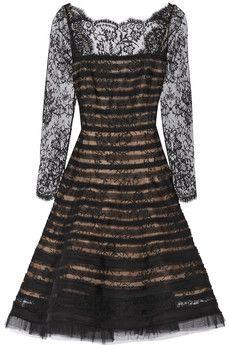 Oscar de la Renta Appliquéd lace dress. Custom made within 4 weeks, from $780 excluding fabric.