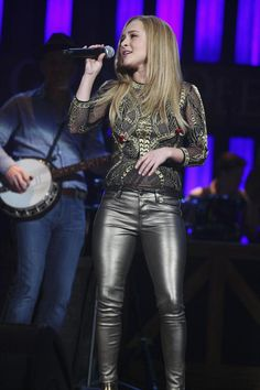 Hayden Panettiere - 'It's All Wrong, But It's All Right' - Nashville Promo Photos, Hayden Panettiere latest photos Leather Tights, Leather Pants Outfit, Leather Trousers, Leather Jackets, Hayden Panettiere, Lederhosen Outfit, Nashville Tv Show, Leder Outfits, Celebs