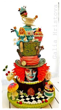Stunning Tim Burton Alice In Wonderland Cake made by Galia Hristova (Bake Face Awesome) Crazy Cakes, Fancy Cakes, Gorgeous Cakes, Pretty Cakes, Amazing Cakes, Amazing Art, Unique Cakes, Creative Cakes, Decors Pate A Sucre