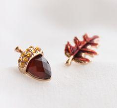 Acorn & Leaf Earring Set <3
