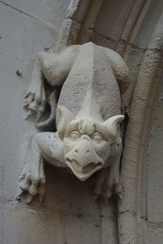 Amiens Cathedral, France   Gargoyles and monsters carved in stone Gothic Gargoyles, Old Churches, Gothic Architecture, Green Man, Mythical Creatures, Art History, Sculpture Art, Medieval, Carving