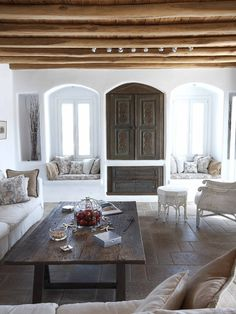 55 Airy And Cozy Rustic Living Room Designs – Home Additions – einrichtungsideen wohnzimmer Living Room Designs, Living Spaces, Living Area, Casa Patio, Mediterranean Design, Courtyard House, Home Fashion, My Dream Home, Family Room
