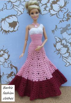 crochet barbie doll clothes for beginners Crochet Barbie Patterns, Crochet Doll Dress, Barbie Clothes Patterns, Crochet Barbie Clothes, Clothing Patterns, Baby Born Kleidung, Accessoires Barbie, Barbie Mode, Fashion Dolls