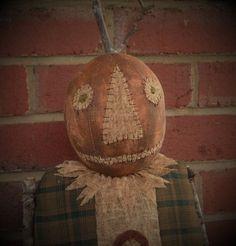 Primitive Pumpkin Doll Pumpkin Doll Primitive by PrimitiveBlackHat Cowboy Christmas, Primitive Christmas, Christmas Diy, Primitive Pumpkin, Primitive Crafts, Pumpkin Man, Halloween Doll, Fall Halloween, Fall Crafts