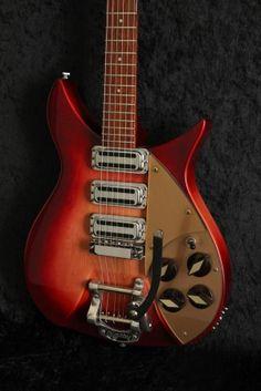 1997 Rickenbacker 325 Rare Guitars, Vintage Guitars, Guitar Pics, Cool Guitar, Rickenbacker Guitar, Record Players, Sounds Great, Toot, Sound Of Music