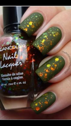 Nail polish art design. Would be cool for St. Patrick's Day