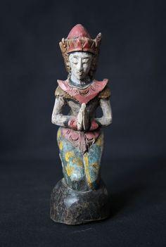 Catawiki online auction house: Praying figure - Thailand - mid 20th century