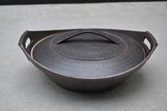 橋本忍 「鉄黒土鍋」です。
