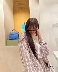Photo album containing 14 pictures of Joy Seulgi, Joy Instagram, Red Velet, Joy Rv, Red Velvet Joy, Park Sooyoung, Blackpink Photos, Blackpink Fashion, Kpop Outfits