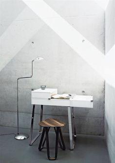 ClassiCon Zelos Desk by Christoph Böninger via Darling, be daring.