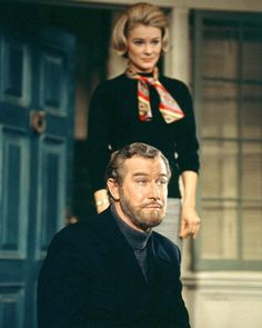Hope Lange and Edward Mulhare in The Ghost & Mrs. Old Tv Shows, Best Tv Shows, Favorite Tv Shows, Vintage Hollywood, Classic Hollywood, Vintage Tv, Vintage Television, Tv Land, Classic Tv