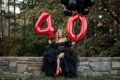 40th Birthday Celebration Ideas, 40th Birthday Themes, 30th Birthday Ideas For Women, 40th Bday Ideas, 41st Birthday, Birthday Woman, Happy Birthday, Glam Photoshoot, Photoshoot Ideas