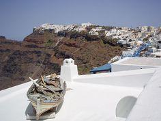 Damda bir kayık....   Santorini Imerovigli